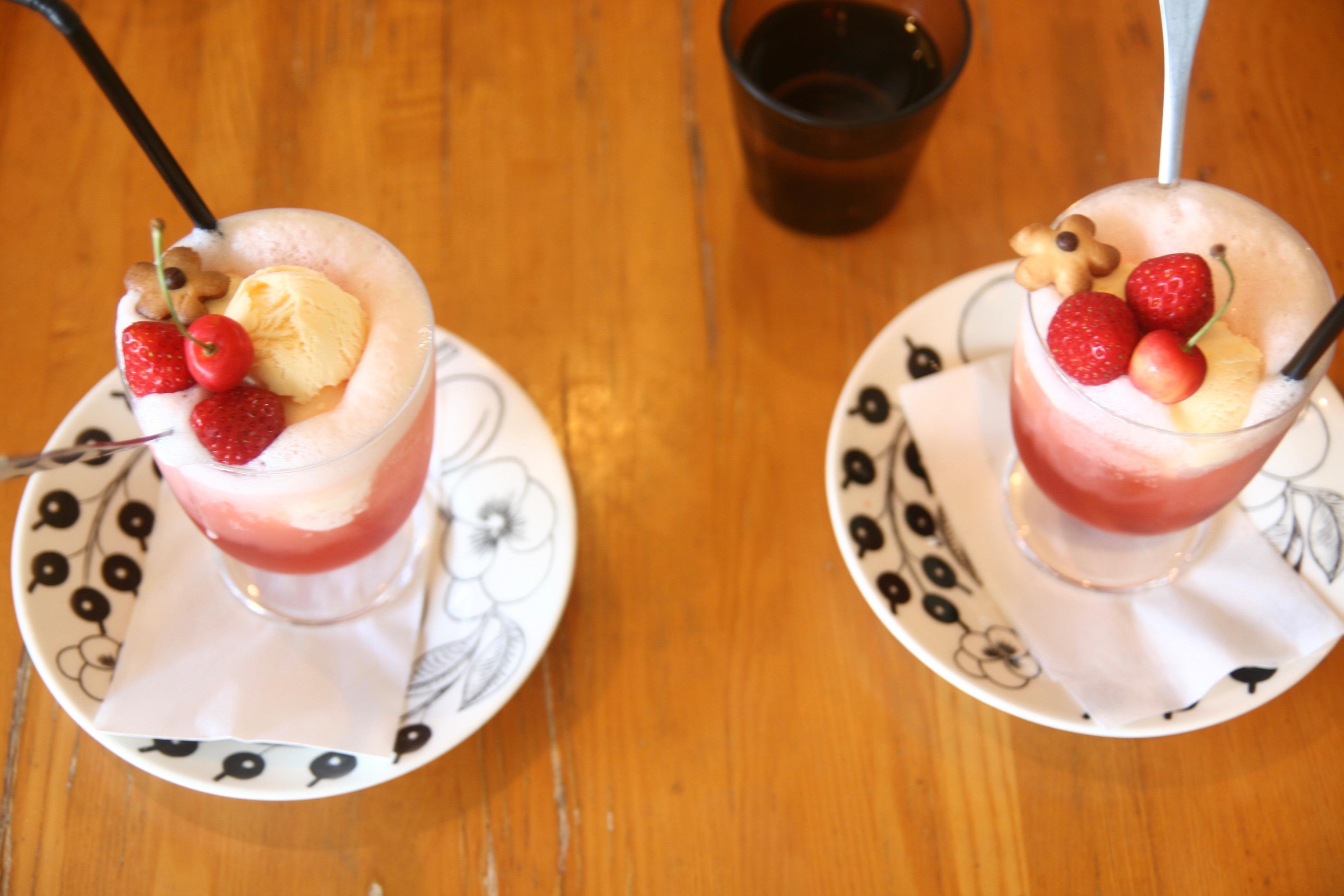 手作りシロップのクリームソーダ