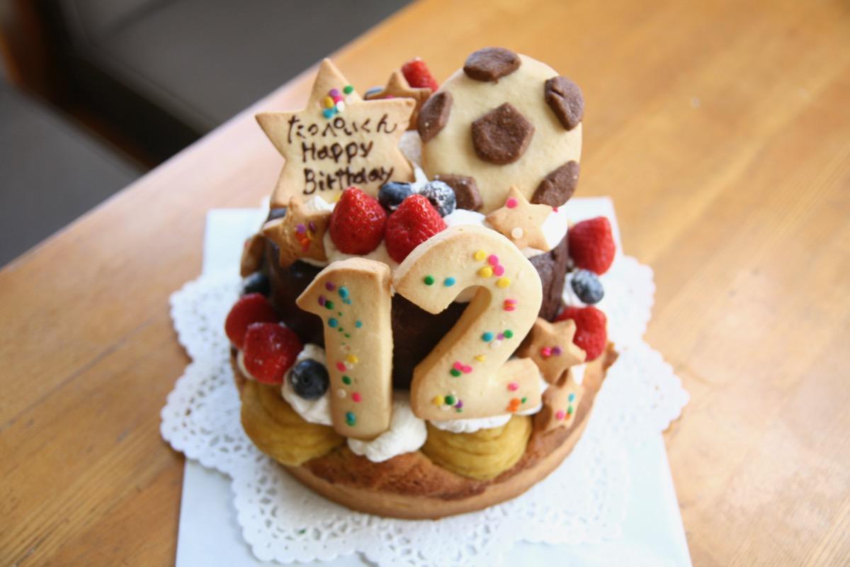 さつまいものタルトとチョコケーキ2段